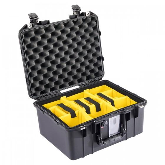 Peli Case 1507 AIR met klittenband vakverdeling