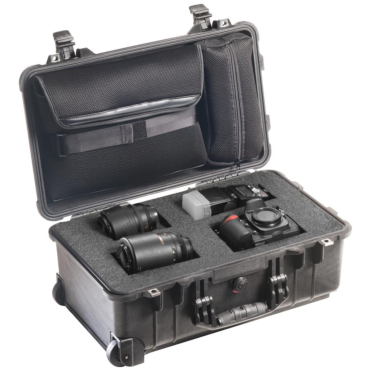 Peli Case 1510 Zwart-Met plukschuim en laptophoes in deksel