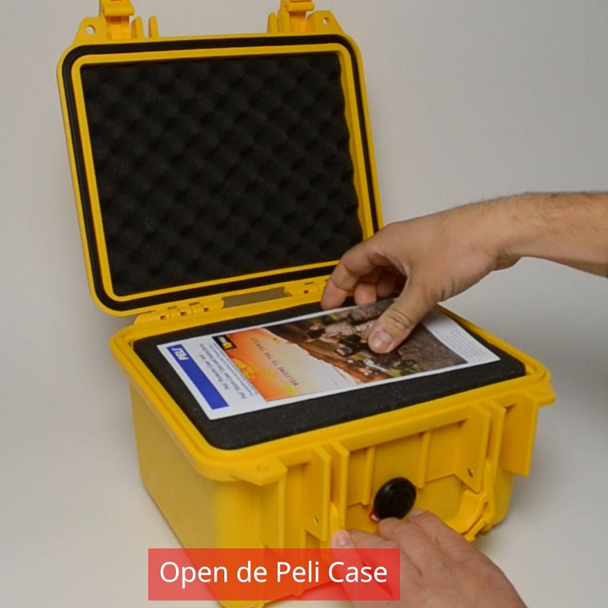 Peli Case 1300 Zwart Met plukschuim