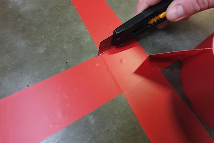 Creëer een rechte hoek met markeringstape