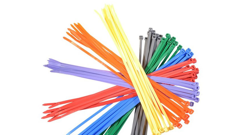 Kleurrijke kabelbinders